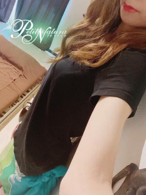 【NEW】新井ゆな♡27歳<br>明日3/3(水)12時~出勤予定♬♪<br>♡事前ご予約受付中♡